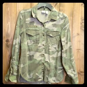 Women's long sleeve camo cotton button down shirt